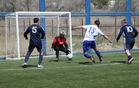 В Актау команда КНБ выиграла турнир по мини-футболу среди ветеранов