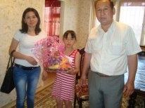 В Актау дети со злокачественными заболеваниями в канун праздника получили подарки