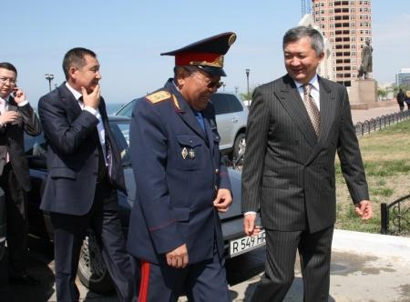 Аким Мангистауской области Бауржан Мухамеджанов посетил открытие байкерского сезона