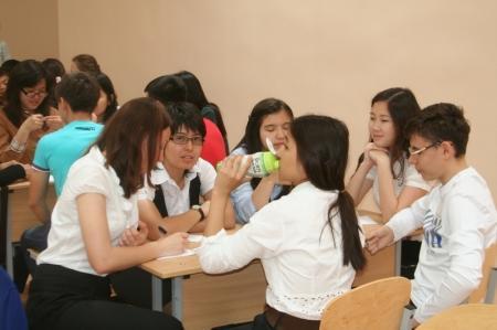 В Актау на игре «Что? Где? Когда?» школьная команда обыграла взрослых знатоков