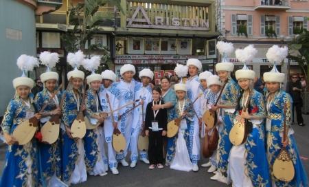 Домбристы из курыкской школы искусств победили на фестивале в Сан-Ремо