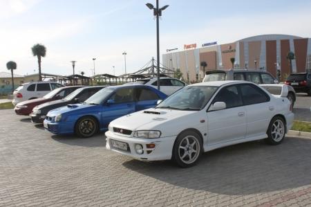 В Актау прошла выставка тюнингованых машин