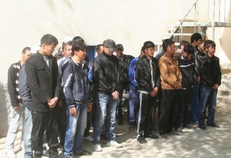 В Актау задержано 52 иностранца, нелегально находившиеся на территории Мангистауской области