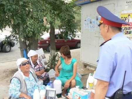В Актау прошел рейд по выявлению мест незаконной торговли и соблюдению санитарных норм