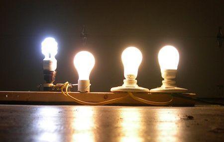 С 1 июля в Казахстане запретят к продаже стоваттные лампочки