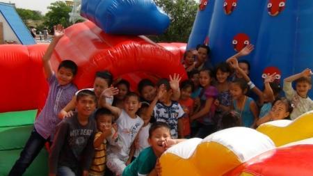 Актауские полицейские устроили праздник для детей-инвалидов