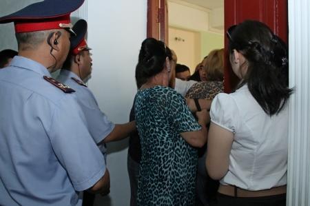 Фотопост. Оглашение приговора по делу о беспорядках в Жанаозене
