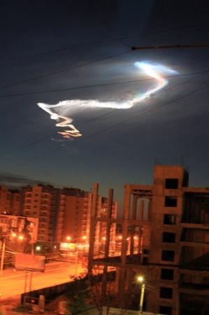 """Появление небесного явления в небе над Актау совпадает по времени с запуском баллистической ракеты """"Тополь"""""""