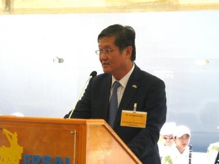 Первый вице-премьер Серик Ахметов принял участие в церемонии присуждения названия казахстанской погружной буровой установке