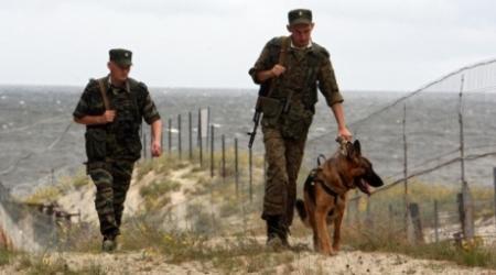 С казахстанско-китайской границы сбежали 11 пограничников