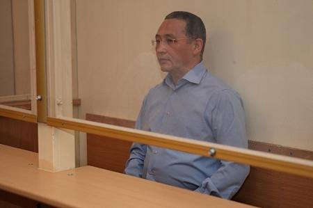 Суд над экс-акимом Жанаозена Сарбопеевым возобновился