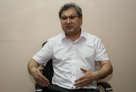 Находясь на парламентских каникулах, сенатор Чельпеков ответил на вопросы корреспондентов «Лады»
