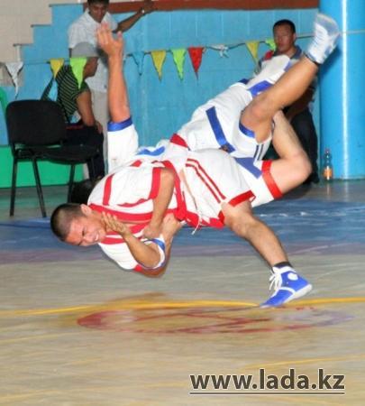 Два палуана будут представлять Мангистау на турнире по казакша курес в Астане