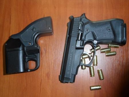 Из-за ссоры в кафе житель Актау выпустил в оппонента четыре пули