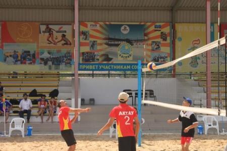 Актауские спортсмены-инвалиды выиграли республиканский турнир по пляжному волейболу