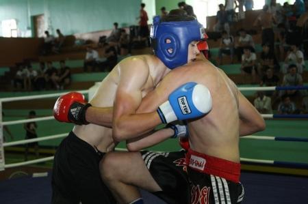 На турнире по кикбоксингу актаусцы завоевали первое общекомандное место