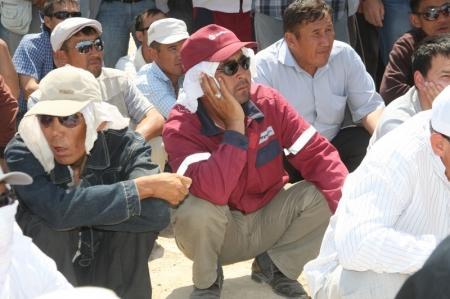 Жители Жанаозена и местные журналисты не подтверждают информацию о вводе войск в город
