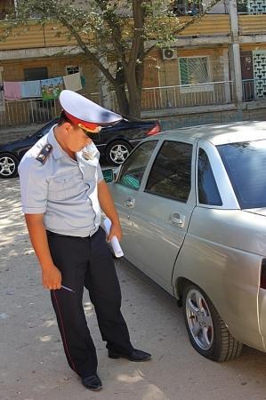 Автомародеры орудуют в 4 микрорайоне Актау (ДОПОЛНЕНО)