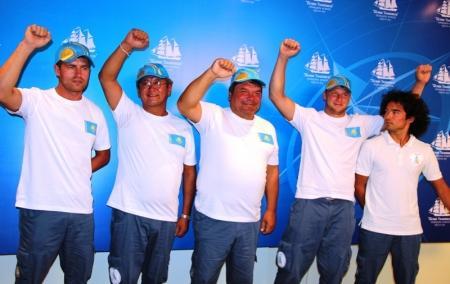 """Мангистаусцы встретили экипаж яхты """"Чокан Валиханов"""""""