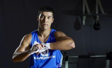 Актауский боксер Адильбек Ниязымбетов проведет первый бой в Лондоне 4 августа