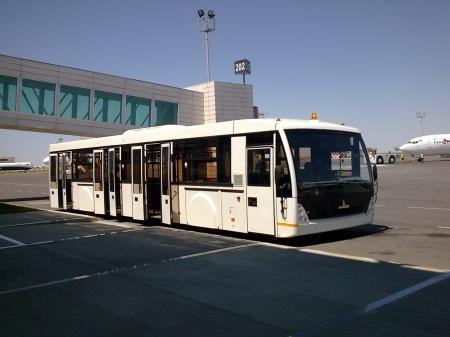 В аэропорту Актау срочно меняют электро-техническое оборудование