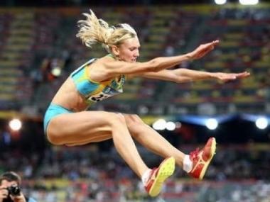 Казахстанская легкоатлетка Ольга Рыпакова показала лучший результат в тройном прыжке и вышла в финал