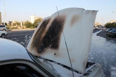 В Мангистау продолжают гореть автомобили