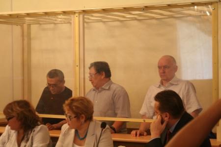 В Актау продолжается судебный процесс над Владимиром Козловым, Сериком Сапаргали и Акжанатом Аминовым