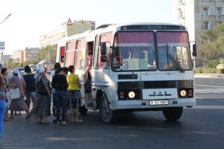 Исполняющий обязанности акима Актау дал указания навести порядок в сфере пассажирских перевозок
