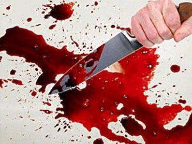 В Актау пьяный мужчина порезал своих братьев