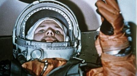 В казахстанском учебнике Гагарин оказался иностранцем