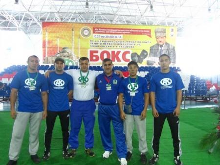 Актауские боксеры привезли из Грозного три бронзовые медали