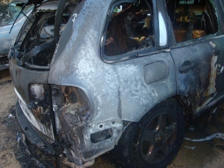 В Актау снова горели автомобили