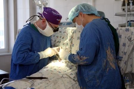 Актауских детей с челюстно-лицевыми дефектами прооперировали аксайские медики