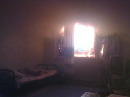 В Актау чуть не сгорел мужчина, куривший сигарету в нетрезвом виде