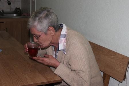 В Актау слепую пенсионерку выселили из Центра адаптации