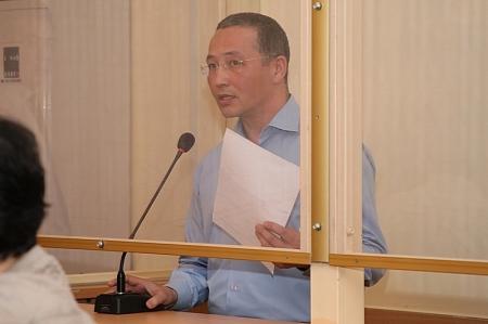 Решать судьбу бывшего акима Жанаозена Орака Сарбопеева будут 12 женщин