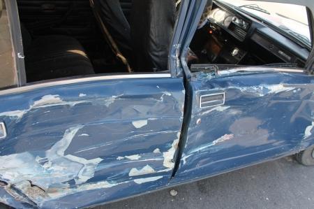 В Актау напротив автоцентра «Вираж» произошло сразу две аварии