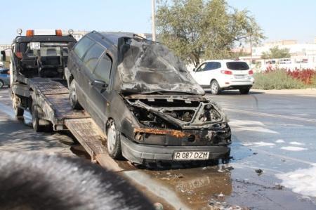 В Актау сгорела очередная автомашина
