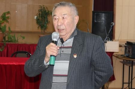 Аким города Актау встретился с ветеранами труда и ВОВ