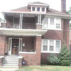 Казахстанец купил особняк в Детройте по цене дома в ауле