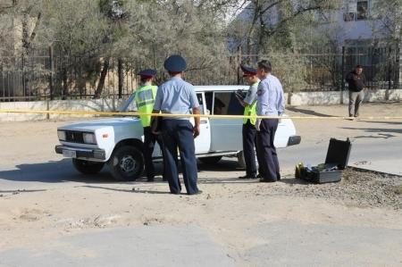 В автомашине ВАЗ, подвергшейся вооруженному нападению в Актау, находилось около 50-ти миллионов тенге