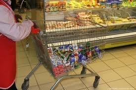 В двух супермаркетах Актау обнаружены  просроченные товары