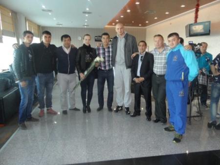 Чемпион и призеры Лондонской Олимпиады откроют Кубок Казахстанской федерации бокса в Жанаозене