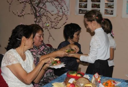 В Актау прошел конкурс «Моя бабушка и я – очень дружная семья»
