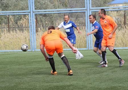 В Актау стартовал Кубок по мини-футболу среди ветеранов