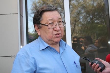 В Актау суд приговорил Владимира Козлова к 7,5 годам лишения свободы (ДОБАВЛЕНЫ ФОТО)