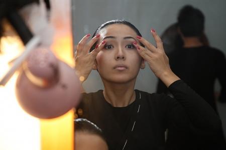 В Актау прошла премьера спектакля «Зiлзала»