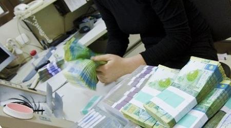 В Казахстане предложили запретить юрлицам обналичивание денежных средств