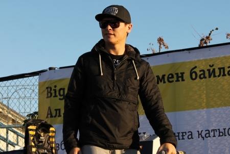 В Актау прошел концерт рэп-исполнителей Big Som & Skif